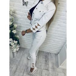 Bílé džíny s mašličkami