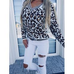Bílý svetřík Leopard