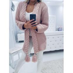 Růžový svetr s copánky