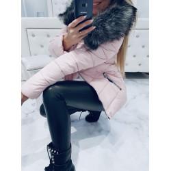 Růžová bundička s bohatou šedou kožešinou