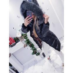 Černý lesklý kabátek s šedou kožešinou